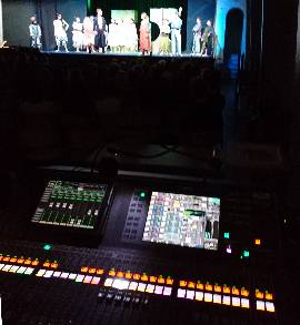Geluid versterking Musical  (Yamaha QL5 Mixer)